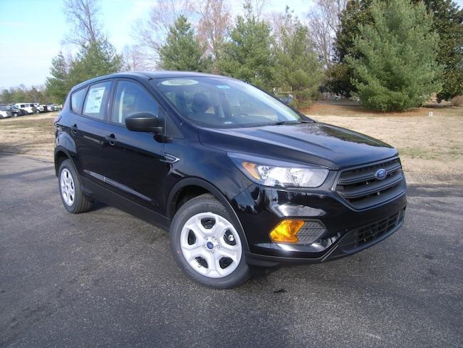 New 2019 Ford Escape S SUV in DIckson, TN
