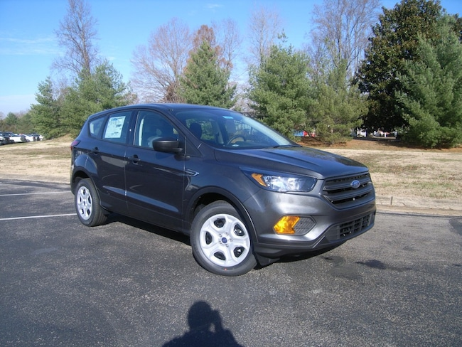 New 2019 Ford Escape S SUV in DIckson, TN