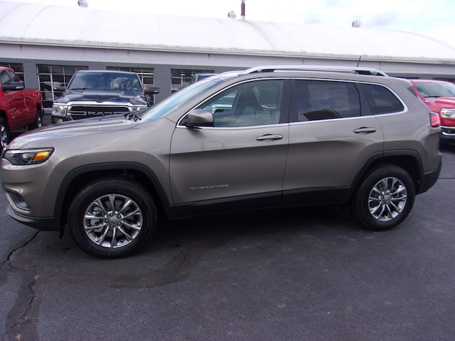 New 2019 Jeep Cherokee LATITUDE PLUS 4X4 Sport Utility near Wilkes-Barre