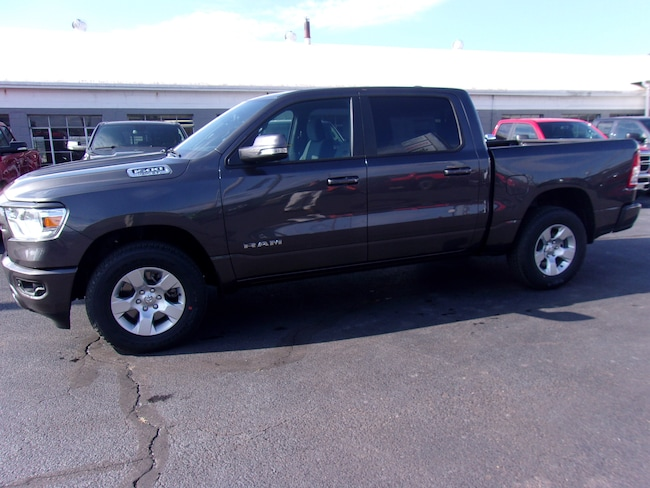 New 2019 Ram 1500 BIG HORN / LONE STAR CREW CAB 4X4 5'7 BOX Crew Cab near Wilkes-Barre