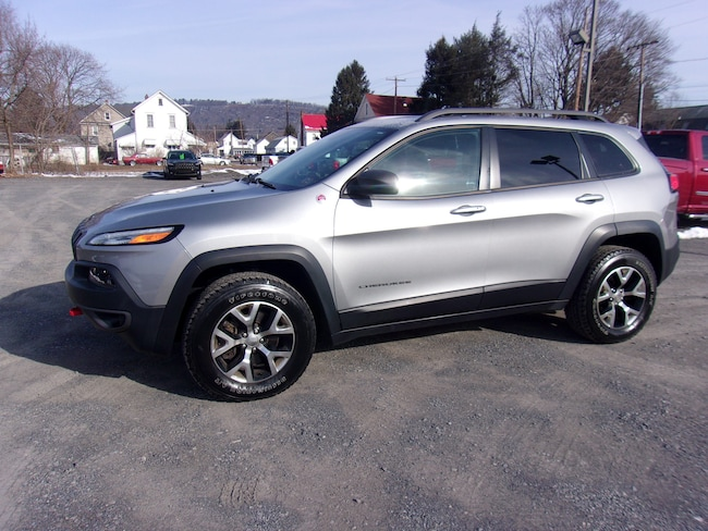 Used 2015 Jeep Cherokee Trailhawk 4x4 SUV in Berwick, PA