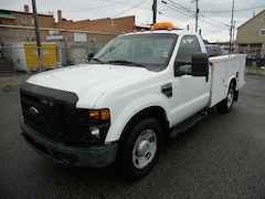 2008 Ford F-350 Chassis Truck Regular Cab