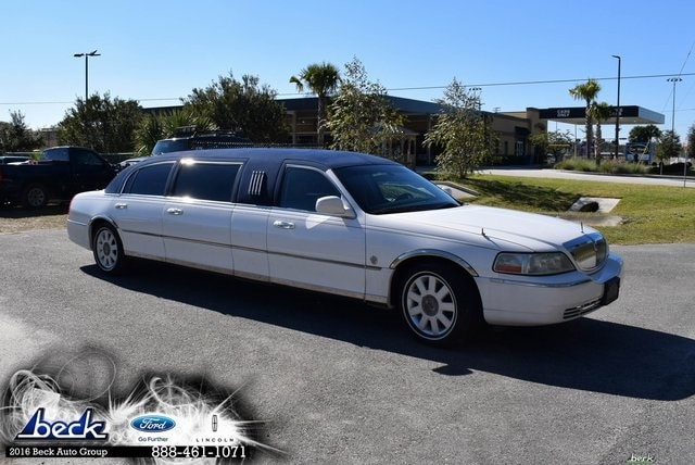 New 2005 Lincoln Town Car Executive Sedan in Palatka FL | Beck Ford Lincoln  Serving Green Cove Springs, Interlachen, Bunnell and Fort McCoy FL | VIN: