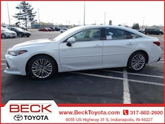 New 2019 Toyota Avalon Hybrid Limited Sedan For Sale in Indianapolis, IN