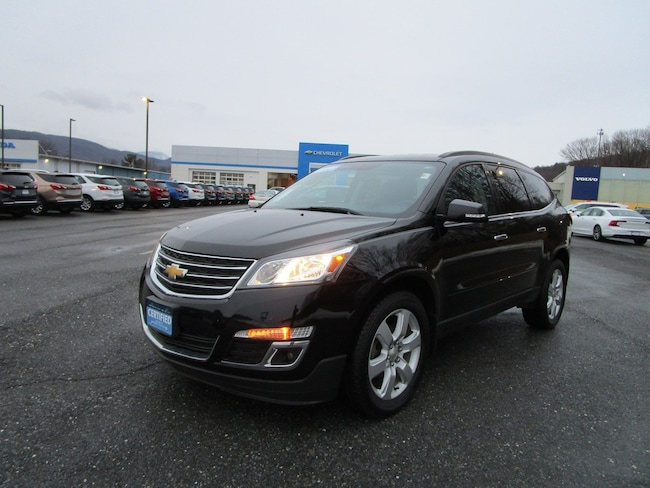 Certified Pre-owned 2016 Chevrolet Traverse LT AWD  LT w/1LT for sale in Cheshire, MA