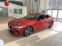New 2019 Volvo S60 T6 R-Design Sedan near Bennington VT