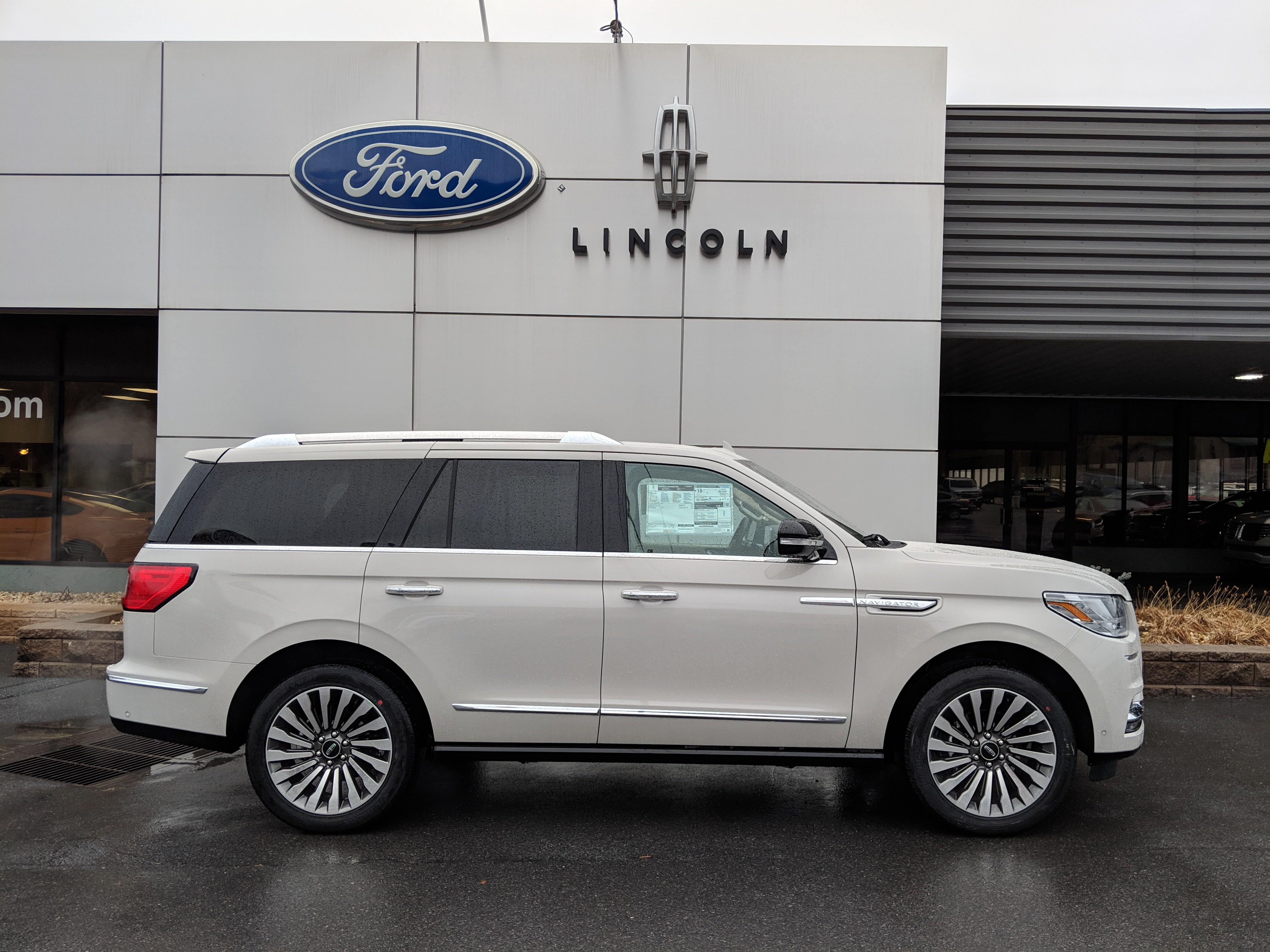 New 2019 Lincoln Navigator For Sale At Bedford Auto Group Vin
