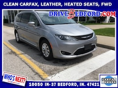 Used 2018 Chrysler Pacifica Touring L Minivan/Van for sale in bedford in