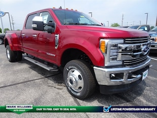2019 Ford Super Duty F-350 DRW LARIAT 4WD Crew Cab 8 Box