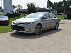 Used 2016 Toyota Avalon XLE Sedan XLE  Sedan in Oxford, MS