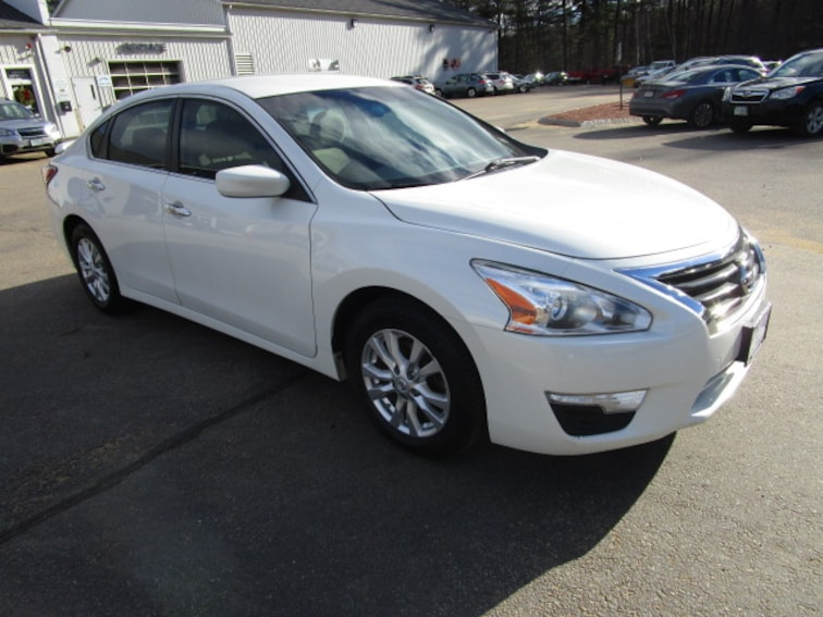Used 2015 Nissan Altima 2.5 S 2.5 Sedan near Concord & Manchester