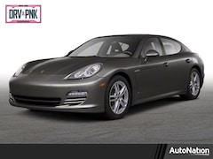 2013 Porsche Panamera Platinum Edition Sedan