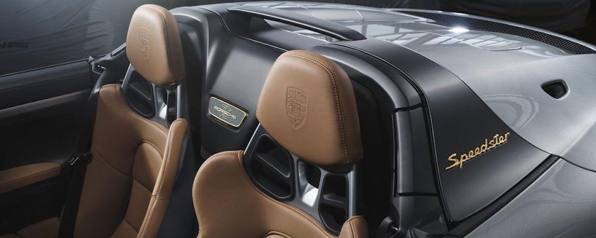 Porsche 911 Speedster Heritage Edition interior