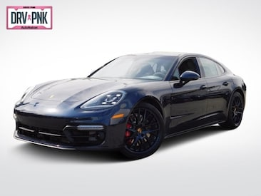 2019 Porsche Panamera GTS Sedan