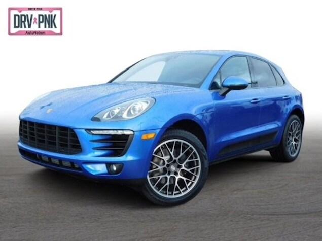 2018 Porsche Macan in Sapphire Blue