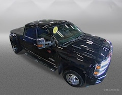 2015 Chevrolet Silverado 3500HD High Country Truck Crew Cab