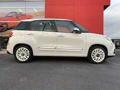 New 2019 FIAT 500L LOUNGE Hatchback ZFBNFACH3KZ042224 in Greer, SC