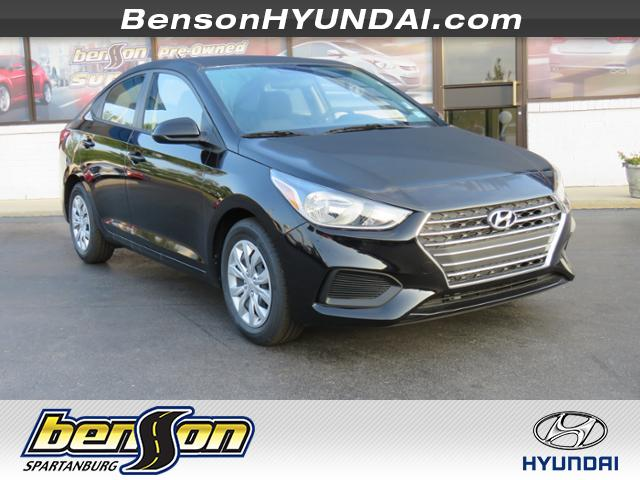 2019 Hyundai Accent SE  Manual Sedan