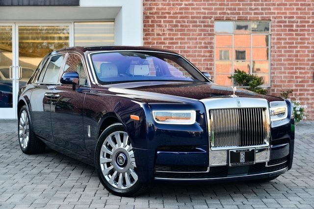 2021 Rolls-Royce Phantom Sedan