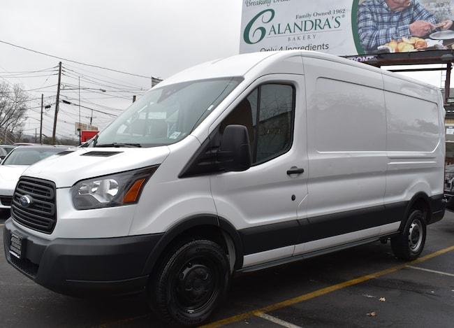 2018 Ford Transit-250 250 3dr LWB Medium Roof Cargo Van w/Sliding Passenger Side Door Cargo