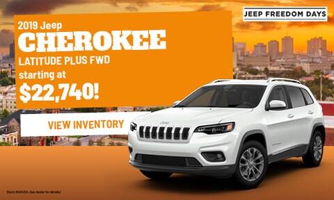 2019 Jeep Cherokee LATITUDE PLUS FWD | Bergeron CDJR