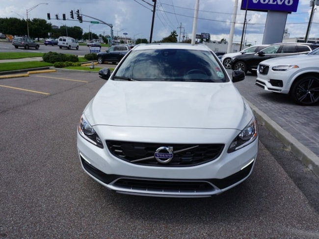 new 2018 volvo v60 cross country for sale metairie la. Black Bedroom Furniture Sets. Home Design Ideas