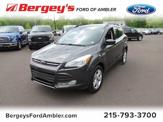Used 2016 Ford Escape 4WD  SE SUV for sale in Lansdale