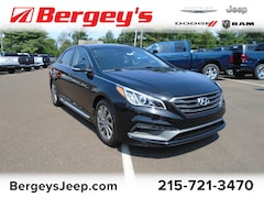 2017 Hyundai Sonata Sport FWD w/Heated Seats and NAV Sedan