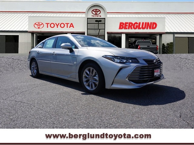 2019 Toyota Avalon Hybrid XLE Plus Sedan