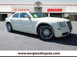 2006 Chrysler 300 Rear-Wheel Drive Sedan Sedan