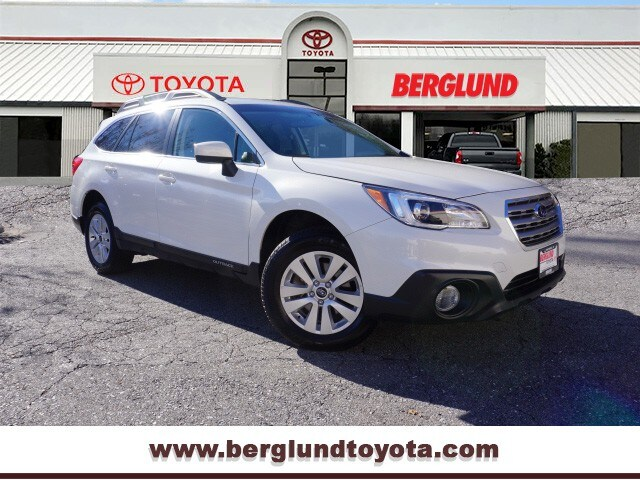 2017 Subaru Outback 2.5i Premium All-Wheel Drive AWD 2.5i Premium  Wagon
