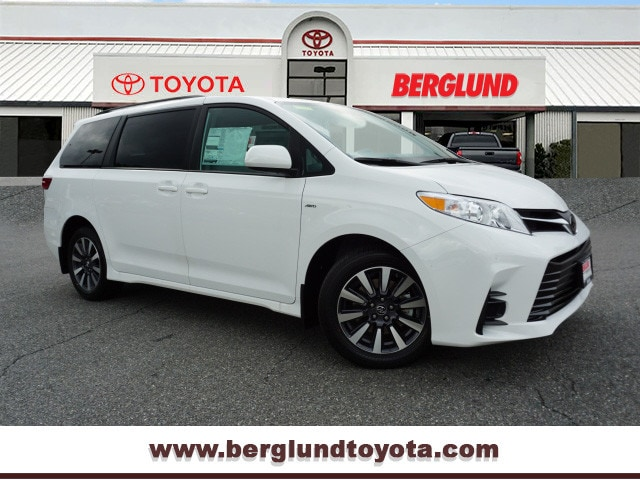 2020 Toyota Sienna LE 7 Passenger AWD LE 7-Passenger  Mini-Van