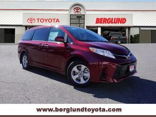 New 2019 Toyota Sienna LE 8 Passenger LE 8-Passenger  Mini-Van