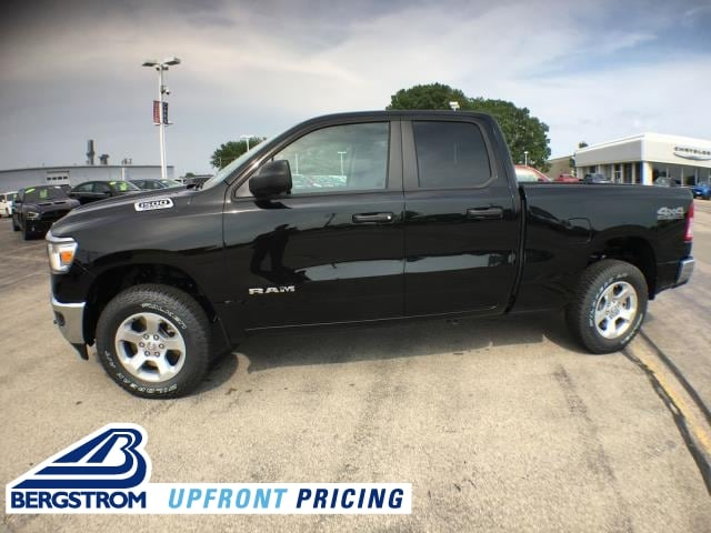 2019 Ram 1500 TRADESMAN QUAD CAB 4X4 6'4 BOX Quad Cab 19034