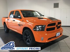 New 2019 Ram 1500 Classic EXPRESS CREW CAB 4X4 5'7 BOX Crew Cab 19347 in Oshkosh, WI