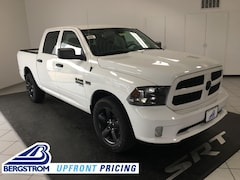 New 2019 Ram 1500 Classic EXPRESS CREW CAB 4X4 5'7 BOX Crew Cab 19140 in Oshkosh, WI