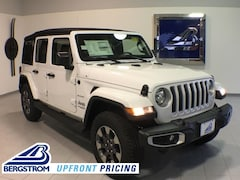 New 2018 Jeep Wrangler UNLIMITED SAHARA 4X4 Sport Utility 1C4HJXEN7JW332481 near Appleton