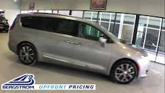 2019 Chrysler Pacifica LIMITED Passenger Van 2C4RC1GGXKR616109