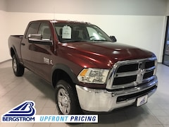 New 2018 Ram 2500 TRADESMAN CREW CAB 4X4 6'4 BOX Crew Cab 3C6UR5CL6JG338386 near Appleton