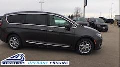 New 2019 Chrysler Pacifica TOURING L PLUS Passenger Van 2C4RC1EG2KR616110 near Appleton