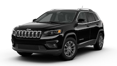 New 2019 Jeep Cherokee LATITUDE PLUS 4X4 Sport Utility 1C4PJMLB7KD477486 near Appleton