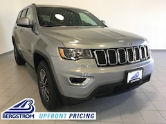 New 2019 Jeep Grand Cherokee LAREDO E 4X4 Sport Utility 1C4RJFAG4KC816147 near Appleton