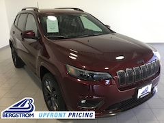 New 2019 Jeep Cherokee HIGH ALTITUDE 4X4 Sport Utility 1C4PJMDX8KD421079 near Appleton