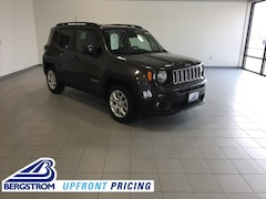 New 2018 Jeep Renegade LATITUDE 4X2 Sport Utility ZACCJABB3JPJ70702 near Appleton