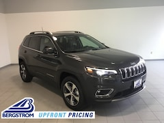 New 2019 Jeep Cherokee LIMITED 4X4 Sport Utility 1C4PJMDX9KD414755 near Appleton