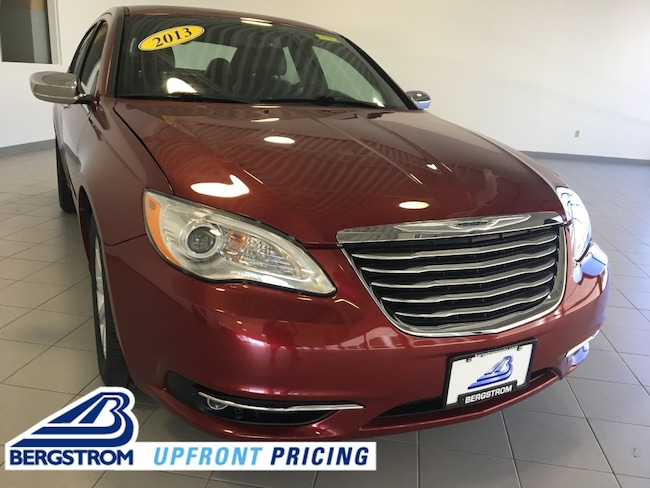 Pre-Owned 2013 Chrysler 200 4dr Sdn Limited Sedan For Sale in Kaukauna, WI