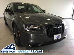 New 2019 Chrysler 300 TOURING AWD Sedan 2C3CCARG2KH651627 near Appleton