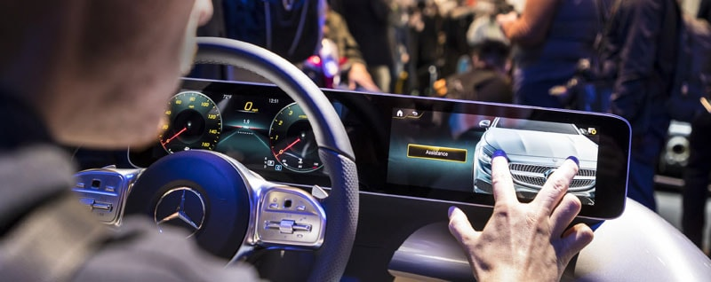 Mercedes-Benz User Experience