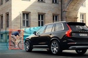 Volvo Detecting Pedestrian