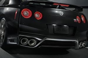 2019 Nissan GT-R Exterior Front